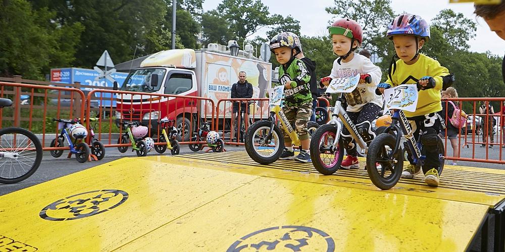 Велоспорт -- Во Владивостоке прошли соревнования по скоростному велоспуску