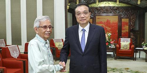 Премьер Госсовета КНР Ли Кэцян встретился со спецпосланником премьер-министра Малайзии