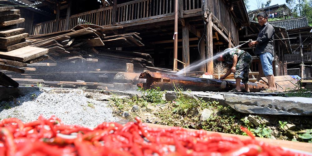 Развитие туризма в деревне народности дун на юго-западе Китая