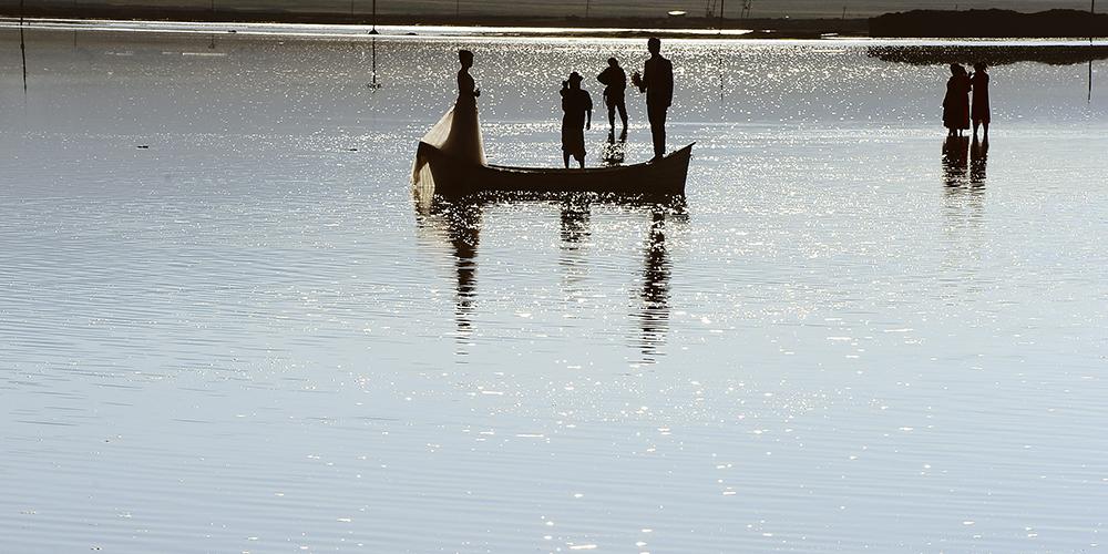 """""""Зеркало неба"""" — соленое озеро Чака"""
