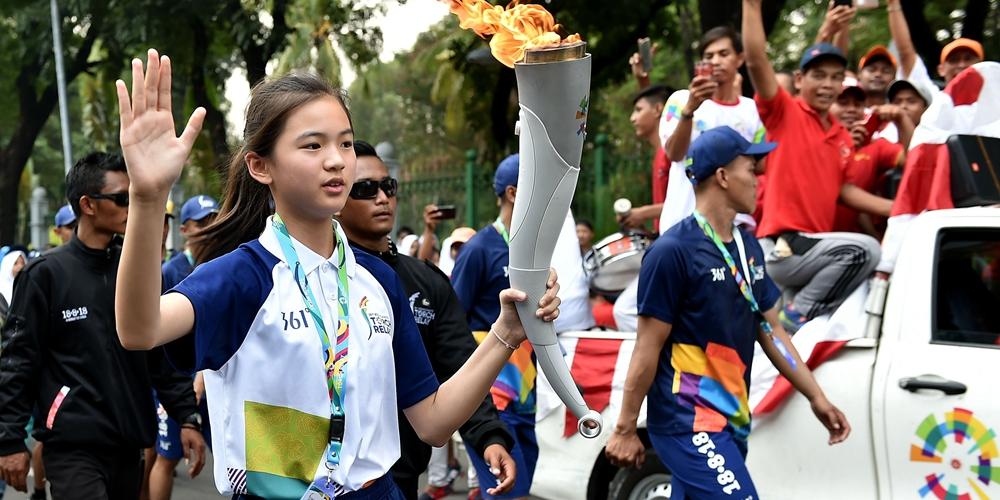 Эстафета огня 18-х Азиатских игр в Джакарте
