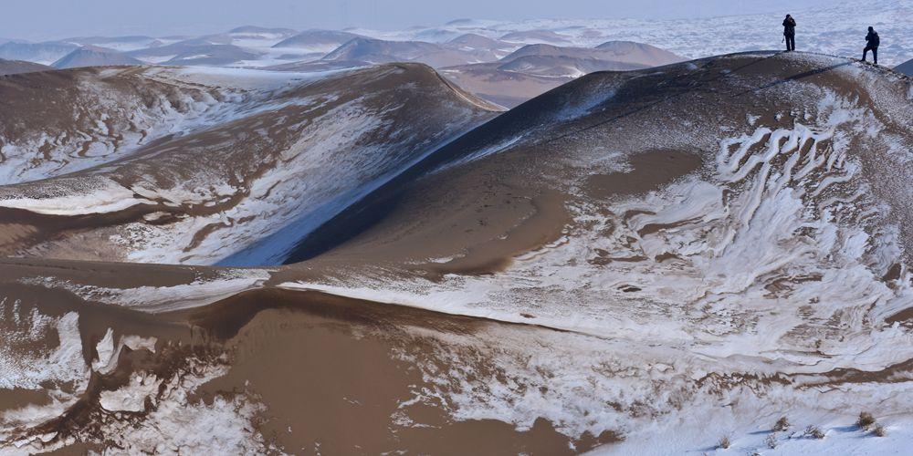 Заснеженная пустыня привлекает туристов