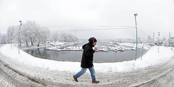 Снежный пейзаж в Сербии