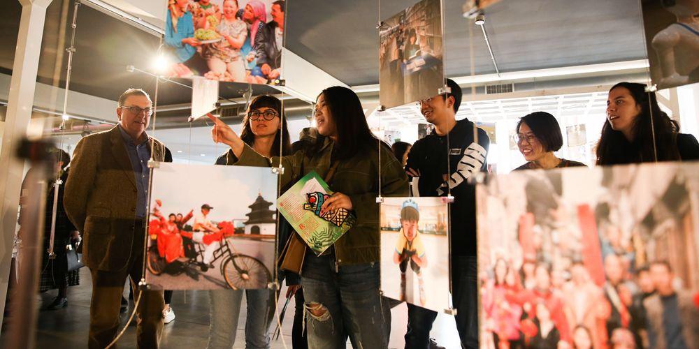 """Интерактивная выставка """"Китай через 100 млрд пикселей: города и люди"""" открылась в Риме"""