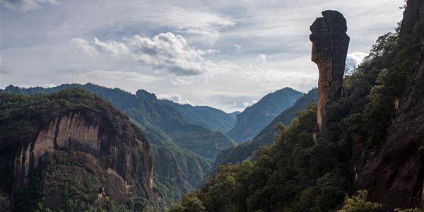 Национальный парк Лаоцзюньшань на юго-западе Китая