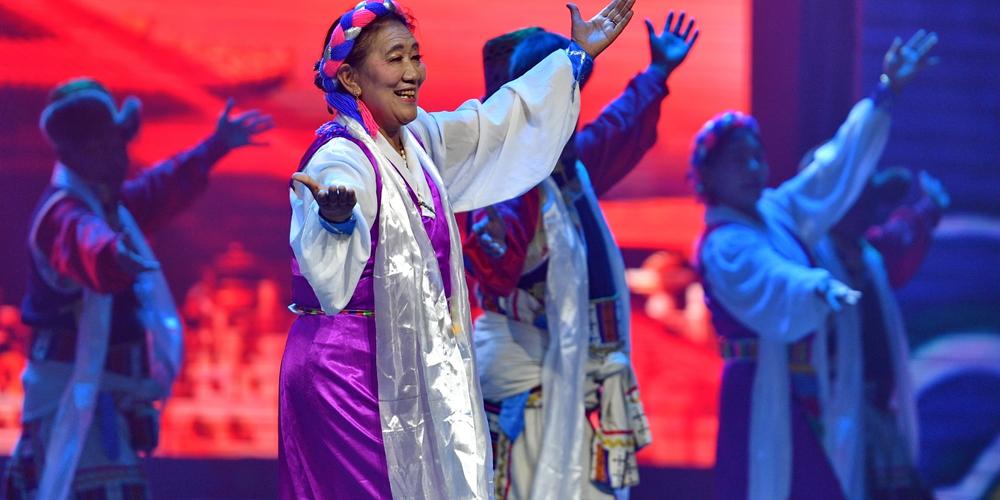 Песни и танцы в Шаньнане