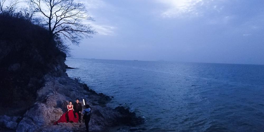 Свадебные фотографии на берегу озера Чаоху в Хэфэе