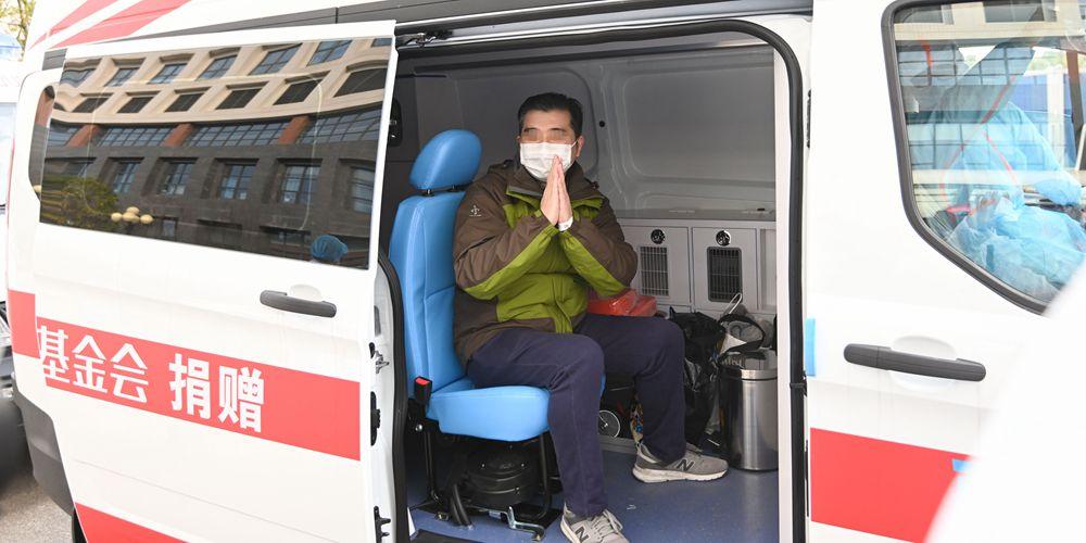 31 пациент с тяжелой формой вирусной пневмонии выздоровел и выписался из больницы в Ухане
