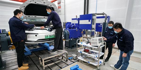 """Пекинский производитель """"зеленых"""" автомобилей возобновил работу"""