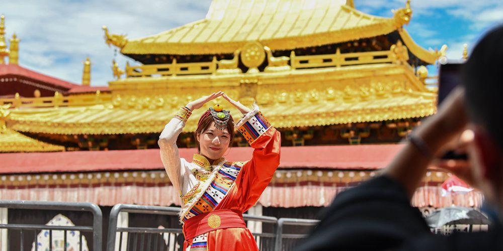 Монастырь Джоканг в Тибете вновь открылся для посещения