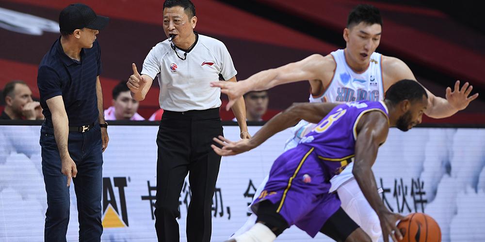 Баскетбол -- Плей-офф чемпионата CBA: Синьцзян Илитэ обыграл Бейцзин Кунгу