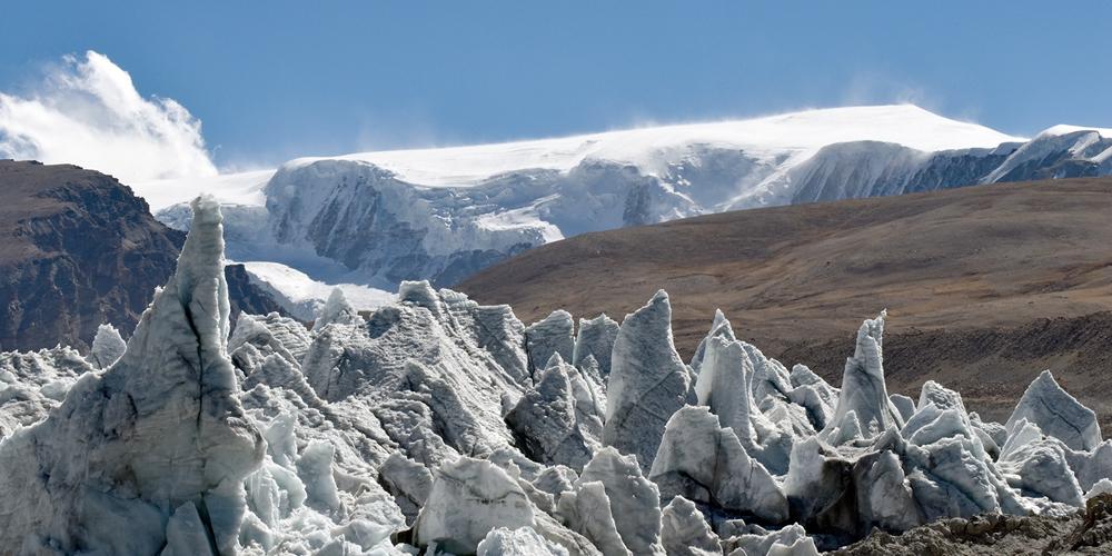 Величественный ледник Ганбу в Тибетском АР