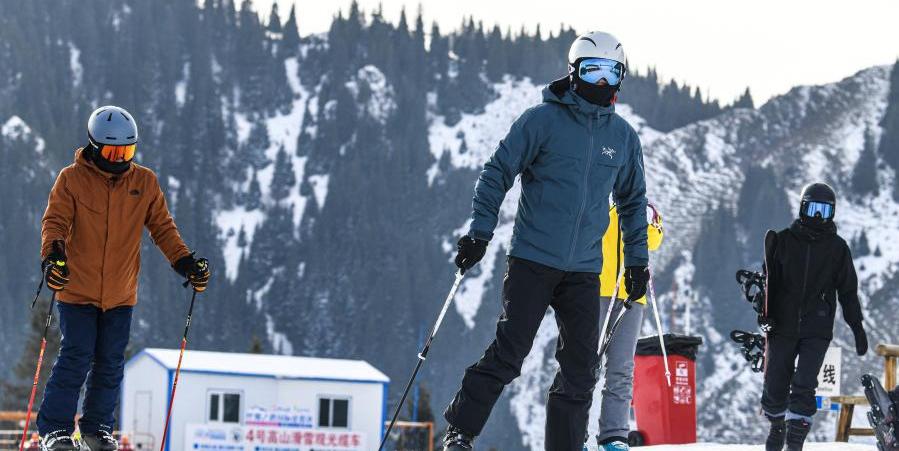 В Урумчи приближается зимний туристический сезон