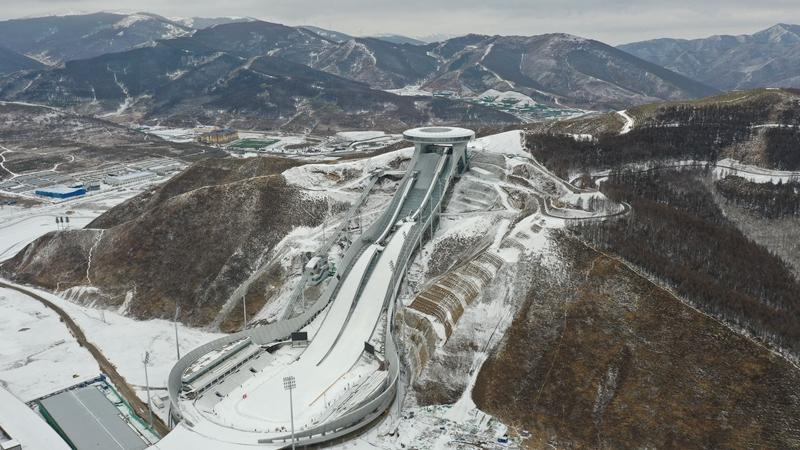 Олимпийские объекты Чжанцзякоу под снегом