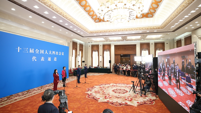 Депутаты Китая дали интервью в рамках 4-й сессии ВСНП