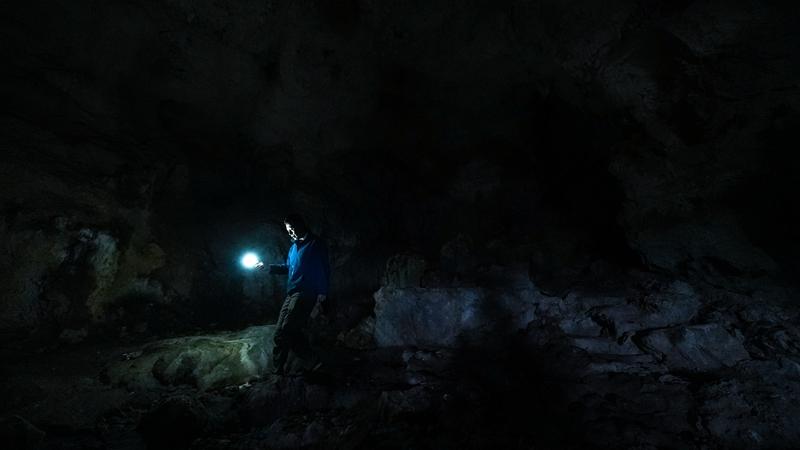 В одной из карстовых пещер провинции Гуйчжоу обнаружены руины возрастом 40 тыс лет