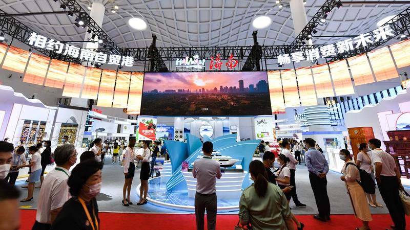 Китайский потребительский рынок является благом для мирового экономического роста -- эксперты